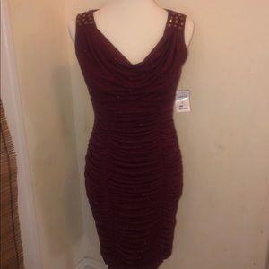 Maroon glittery dress Medium